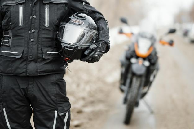 consejos frenar en moto